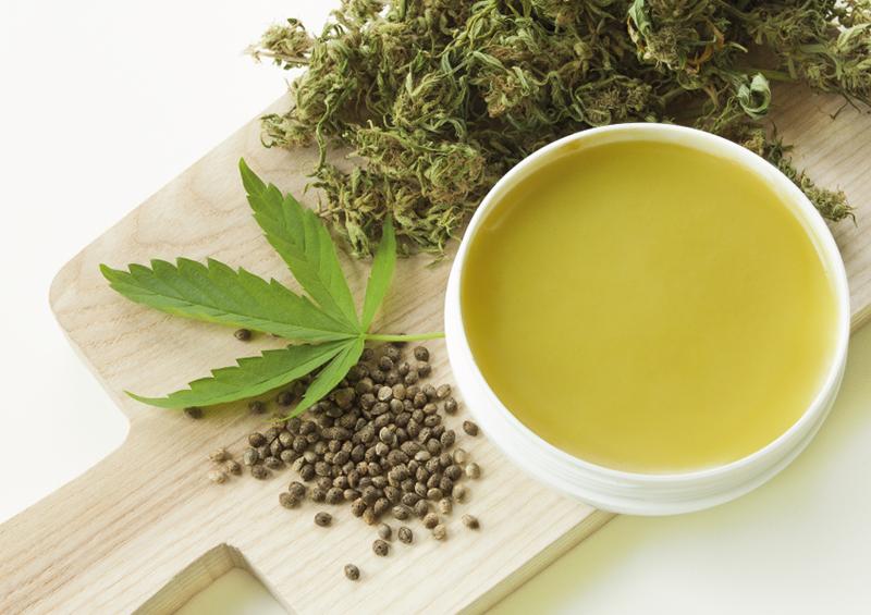 green-tea-cup-leaves